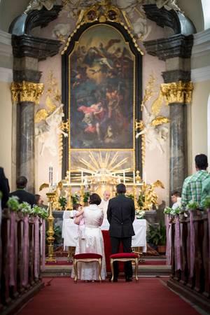 muss taufpate in der kirche sein